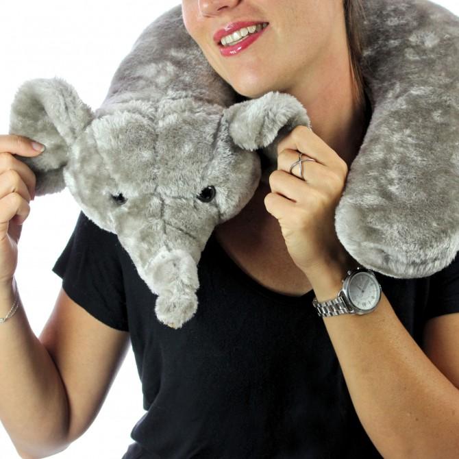 oreiller de voyage original en forme d'éléphant