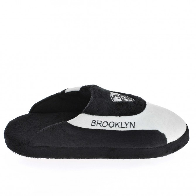 Brooklyn Nets Low Pro'z