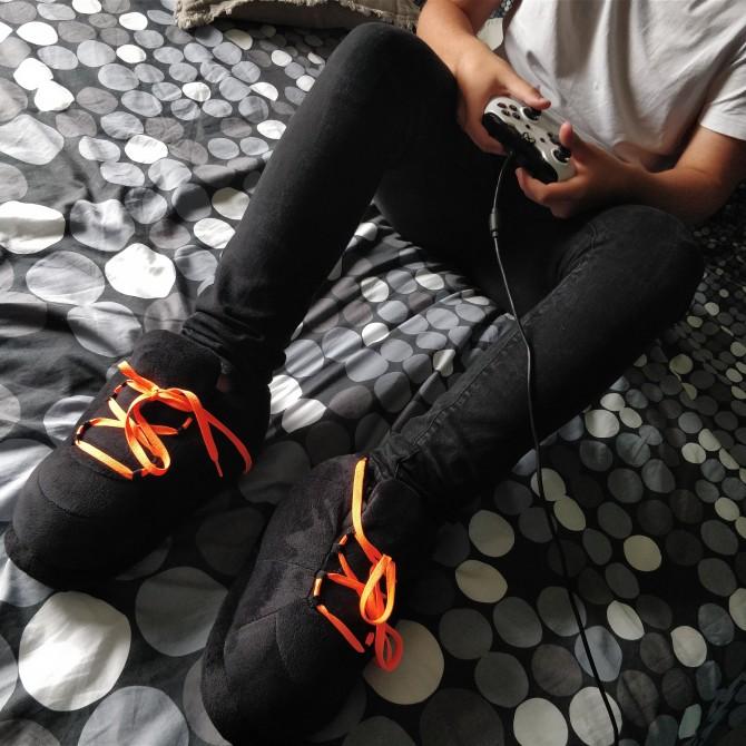 All Black Lacets Orange